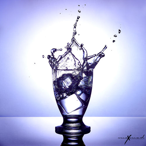 thumb-splash-water-glass-violet_1577815643.jpg